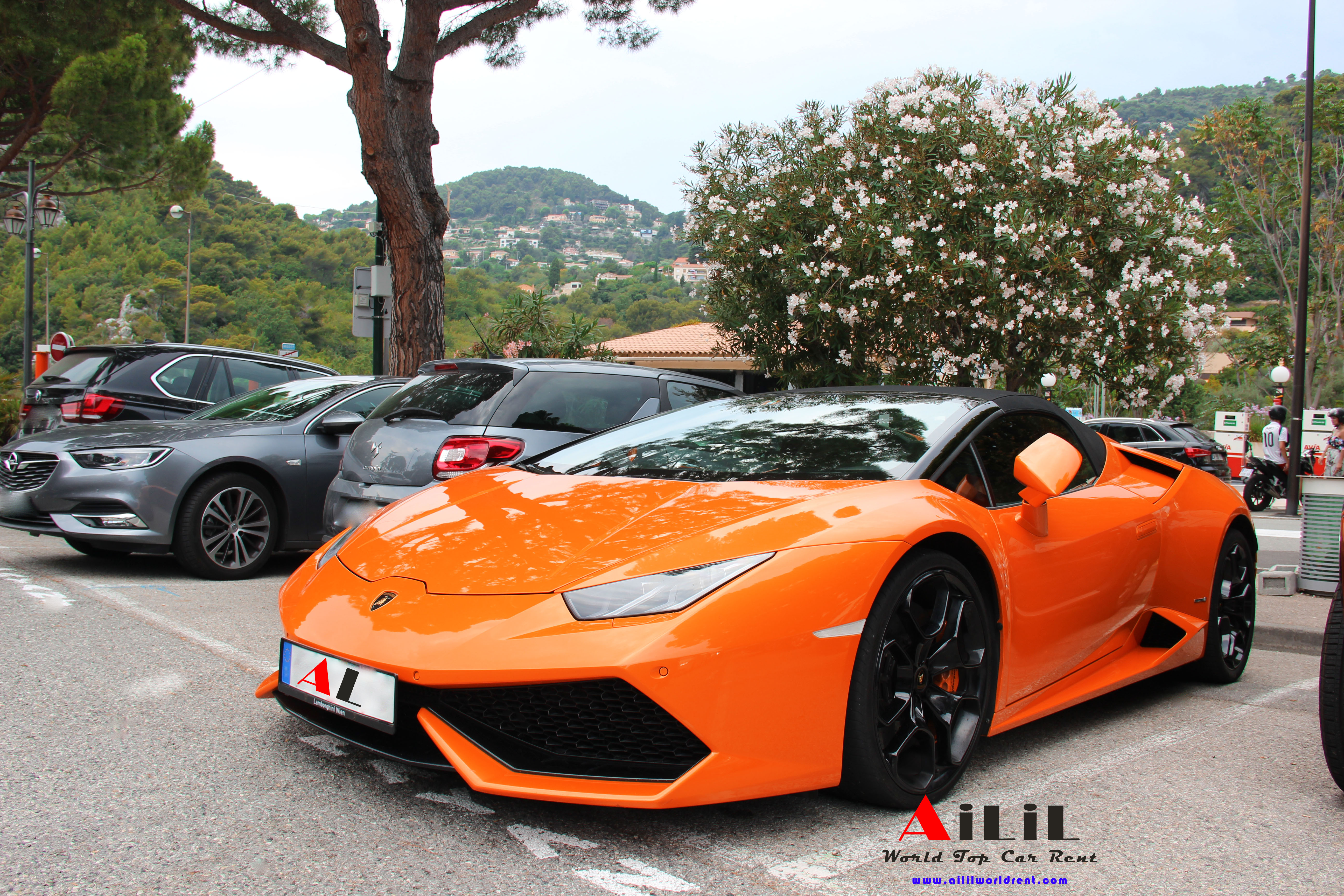 rent huracan spider in monaco, how can i drive huracan spider in monaco, where can i rent hirecan spide rin monaco
