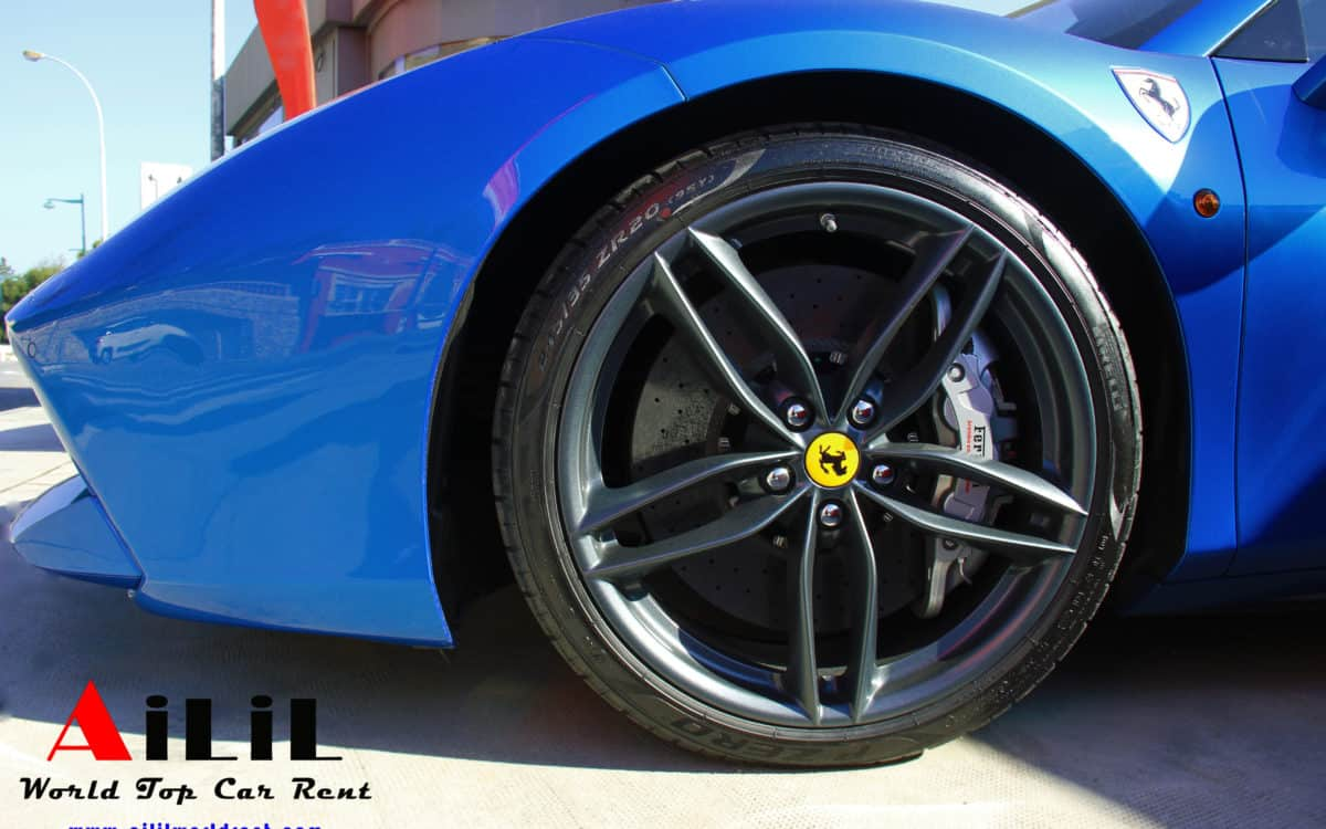 hire-ferrari-in-saint-tropez-488-spider-ailil-world-rent