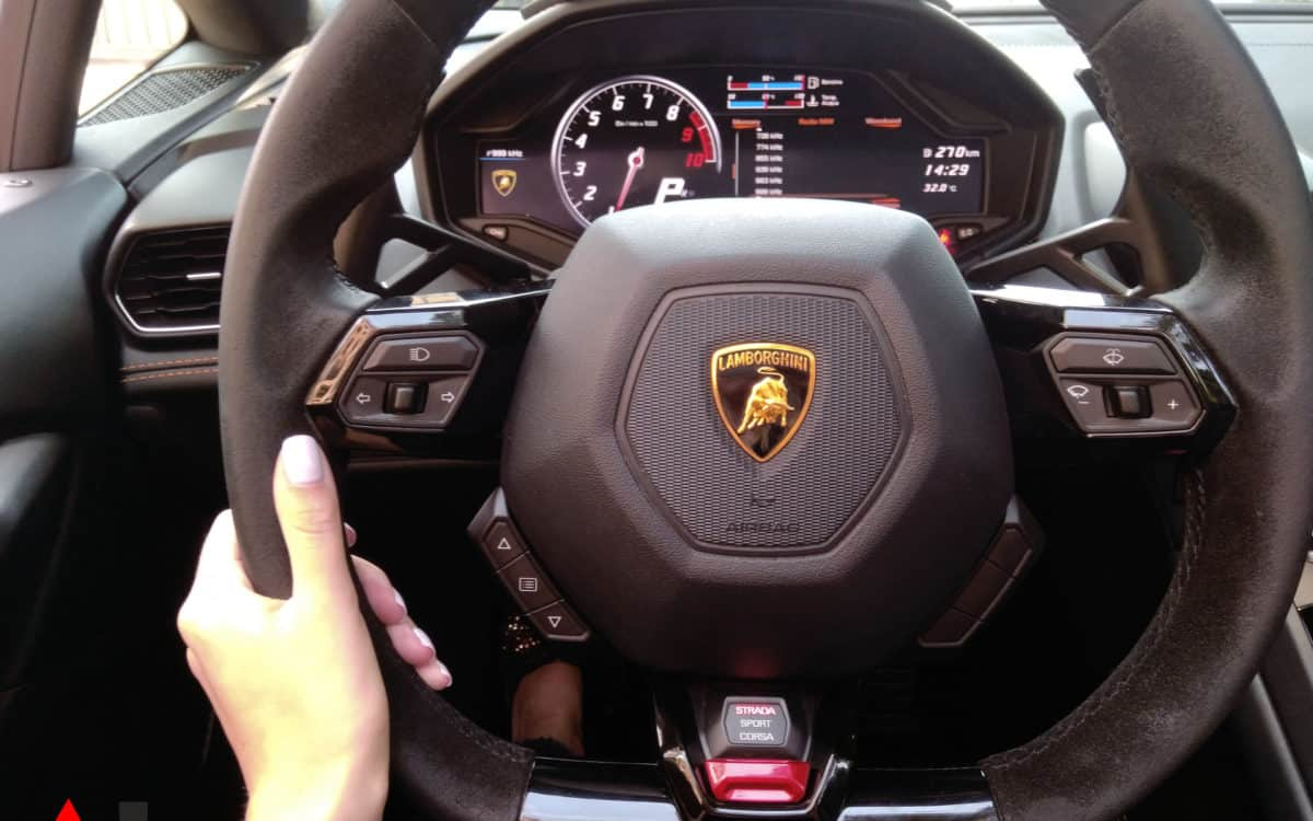 where-can-i-drive-huracn-in-monaco-lamborghini-steering-wheel-ailil-world-rent