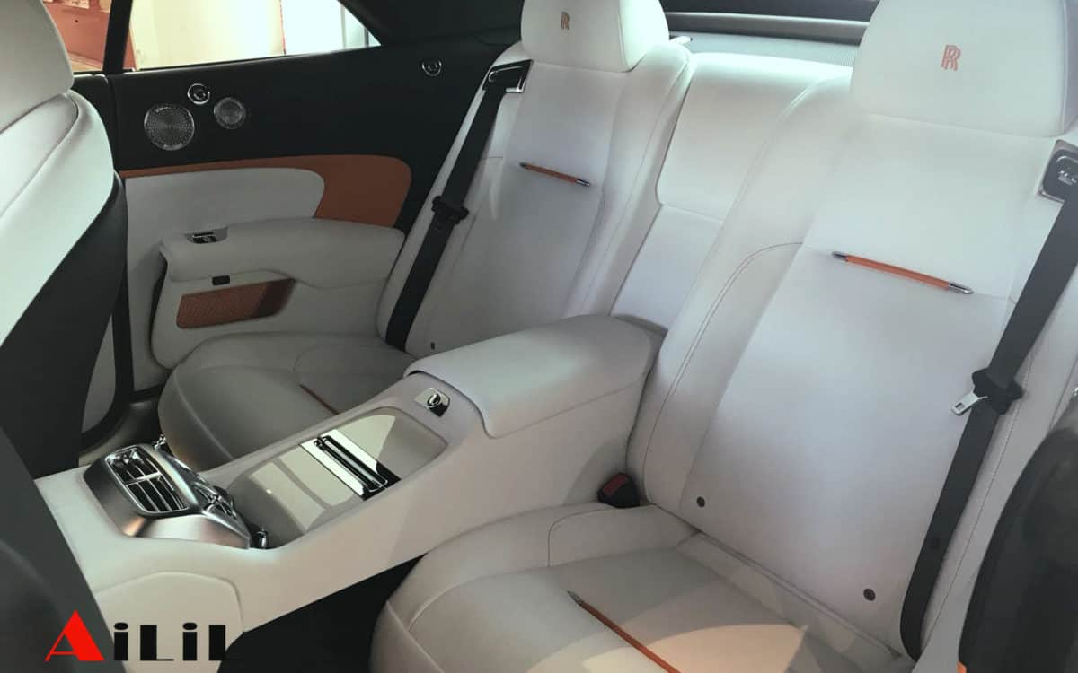 hire-rolls-royce-for-a-wedding-in-cannes-ailil-world-rent